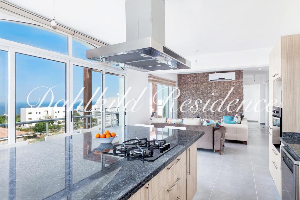 Dahlkild Penthouse - vardagsrum och kök